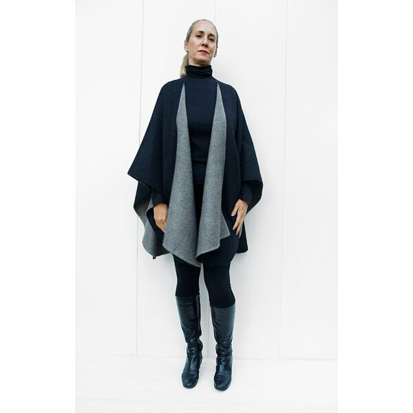 double side double face reversible baby alpaca Cape stola stole ruana grey black in Perú quality