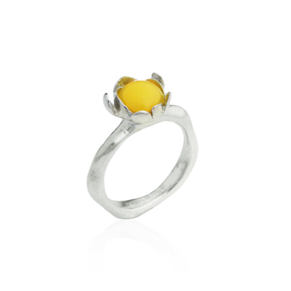 BLOSSOM small ring with egg yolk Amber