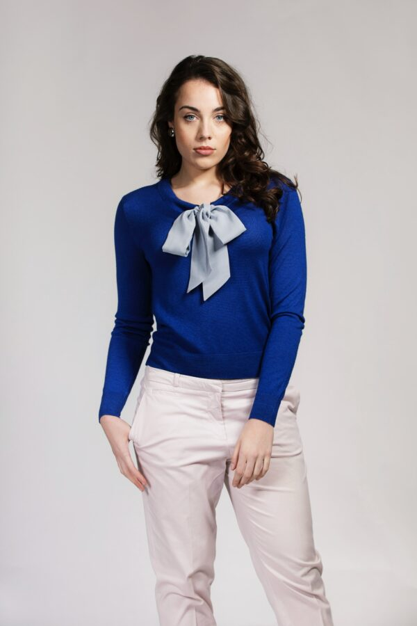 Blue Pussy-Bow jumper in Silk and Cashmere Mix
