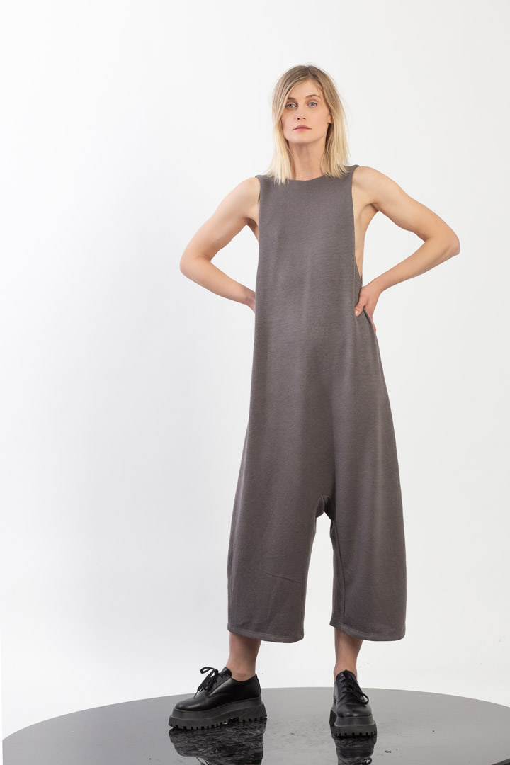 Tricot Sleevless Low Crotch Jumpsuit