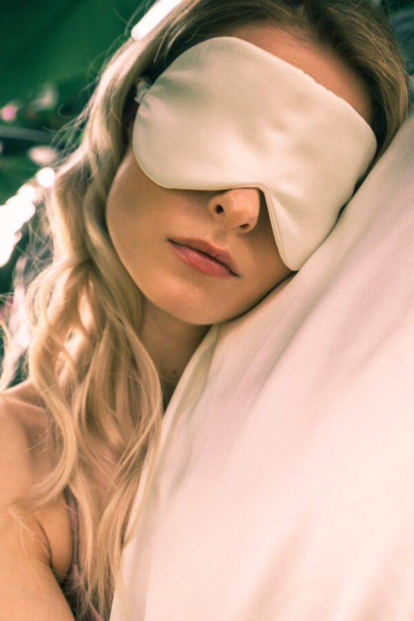 Eye Mask with collagen boosting treatment
